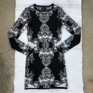 Romeo & Juliet couture long sleeve sweater dress